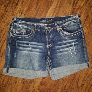 Womens Maurices shorts 11/12